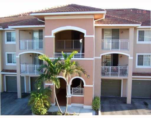 6400 Emerald Dunes Drive 201 West Palm Beach, FL 33411