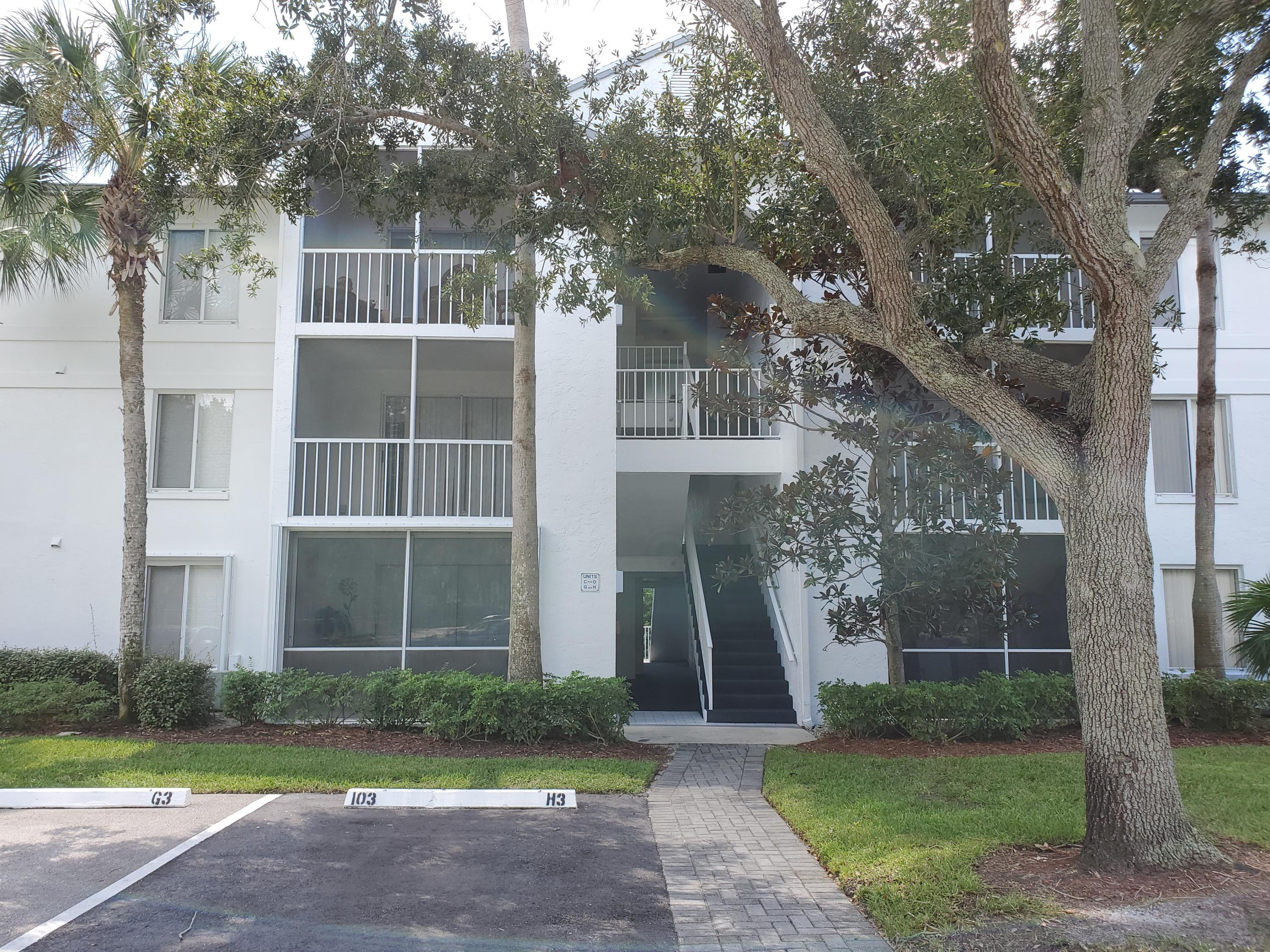 ANCHORAGE ON THE ST LUCIE HOMES