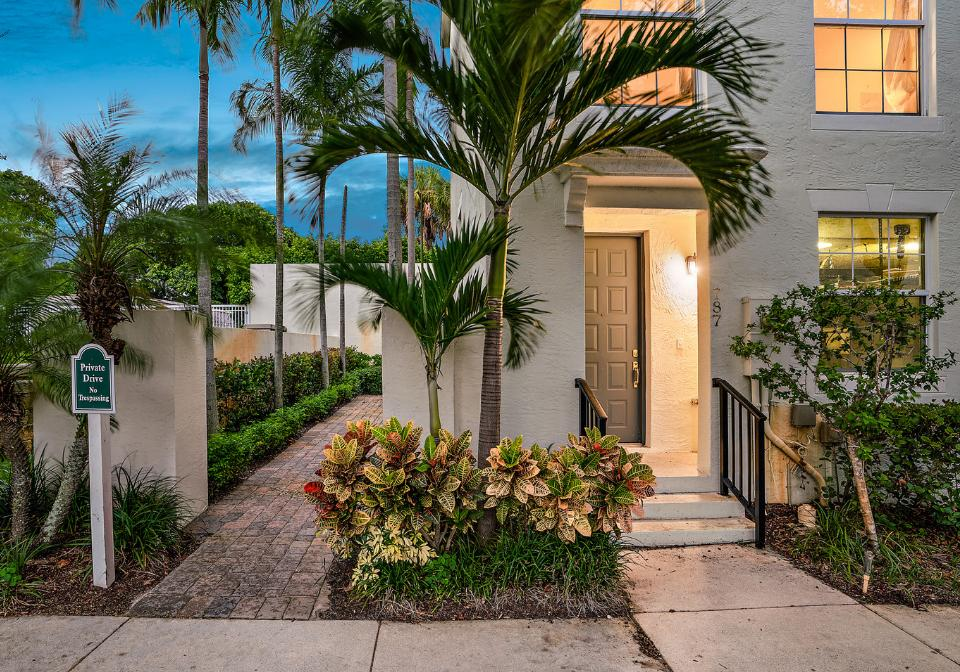 ELAN IN THE CITY WEST PALM BEACH REAL ESTATE