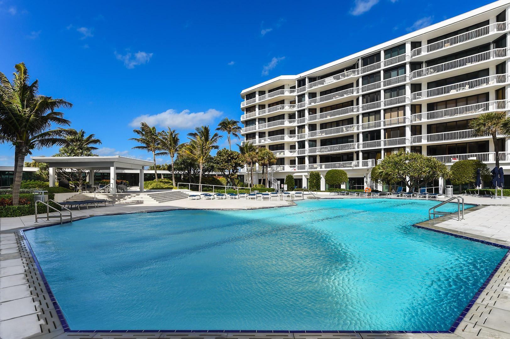 TWENTY ONE HUNDRED CONDO PALM BEACH FLORIDA