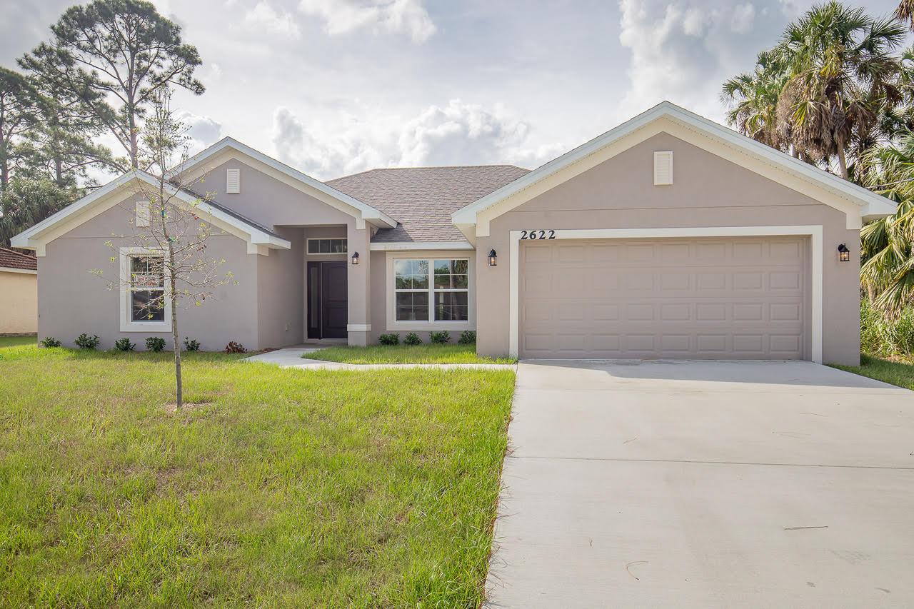 Photo of 5810 Tangelo Drive, Fort Pierce, FL 34982