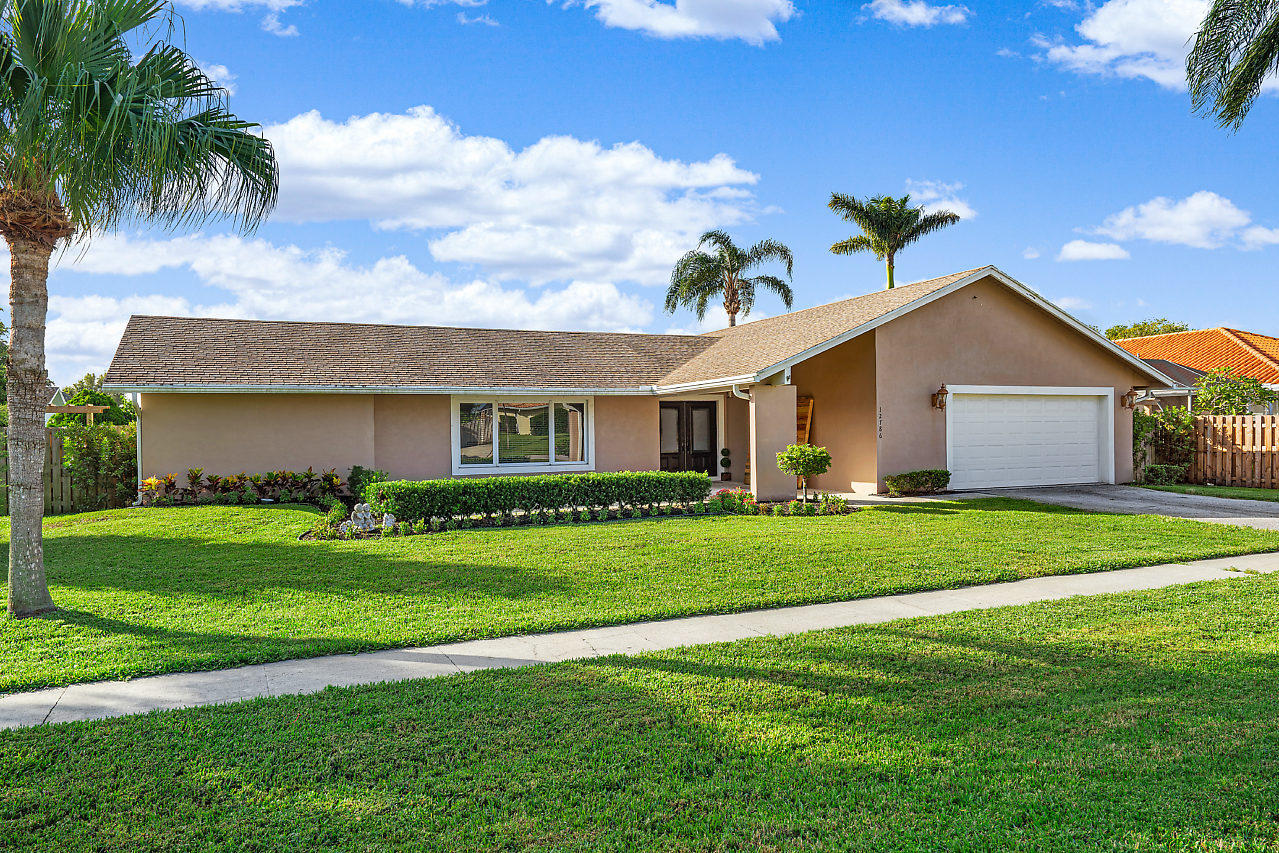 Home for sale in Lakeside Shores Wellington Florida