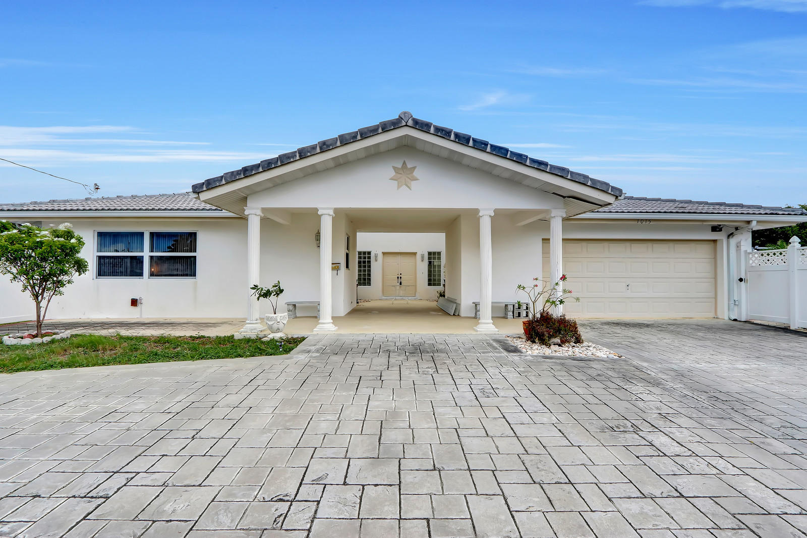 Home for sale in The Cove 5th Sec 39-5 B Deerfield Beach Florida