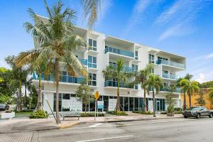 1 S Palmway  202a For Sale 10562403, FL