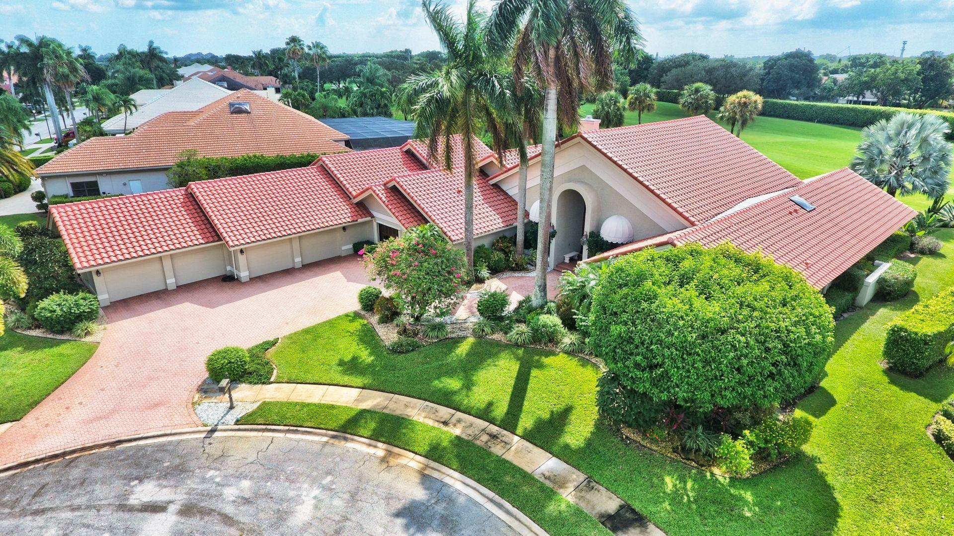 BOCAIRE COUNTRY CLUB REAL ESTATE