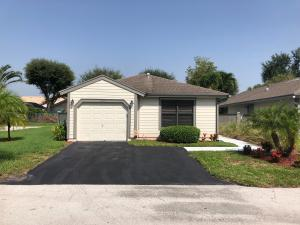 2555  Bedford Mews Drive  For Sale 10562493, FL