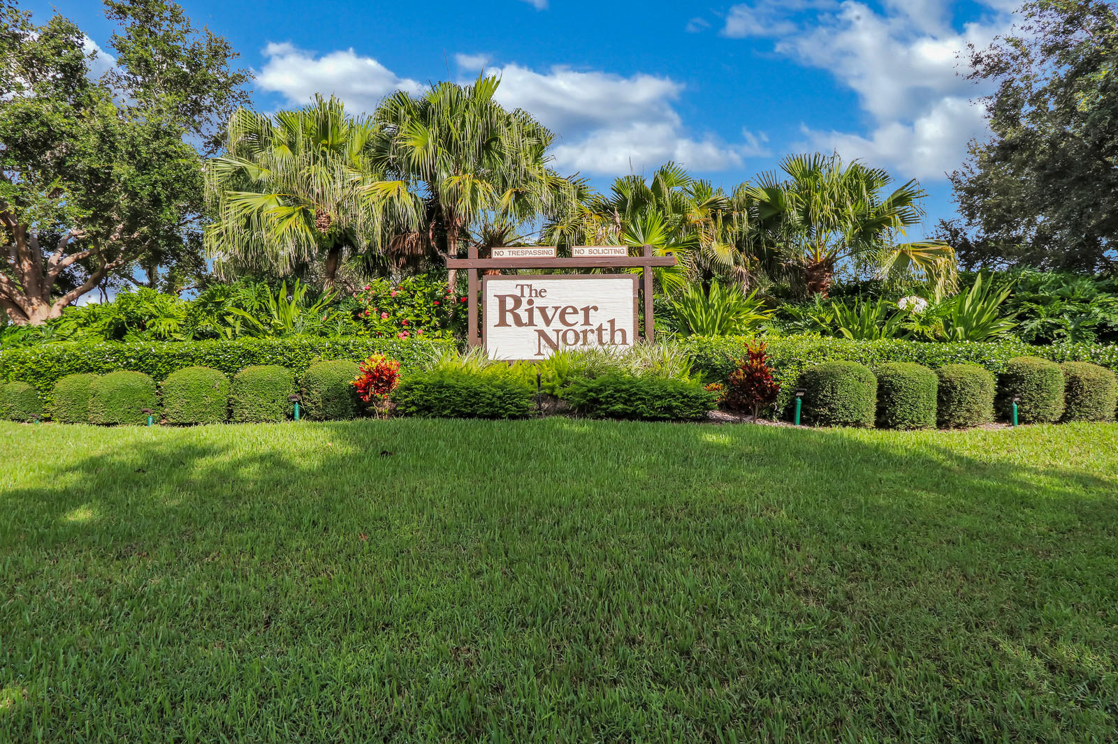 BLUFFS JUPITER REAL ESTATE