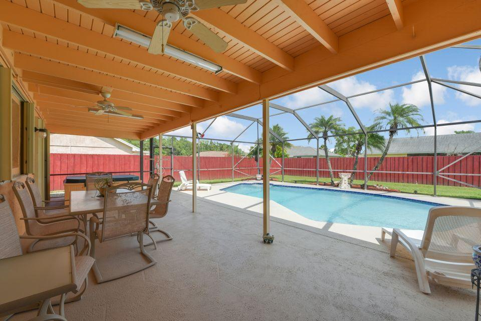 113 Santa Cruz Avenue Royal Palm Beach, FL 33411 photo 14