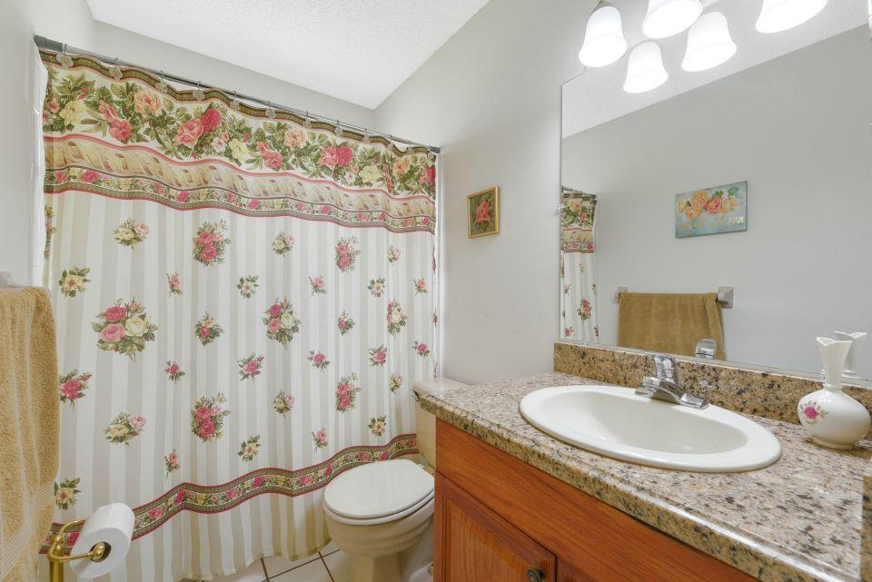 113 Santa Cruz Avenue Royal Palm Beach, FL 33411 photo 21