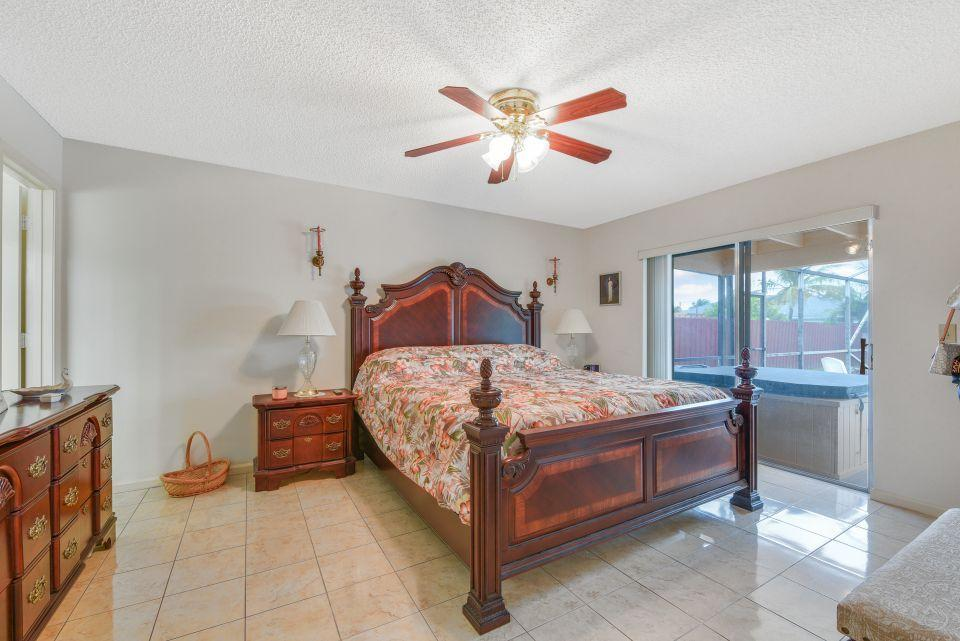113 Santa Cruz Avenue Royal Palm Beach, FL 33411 photo 19