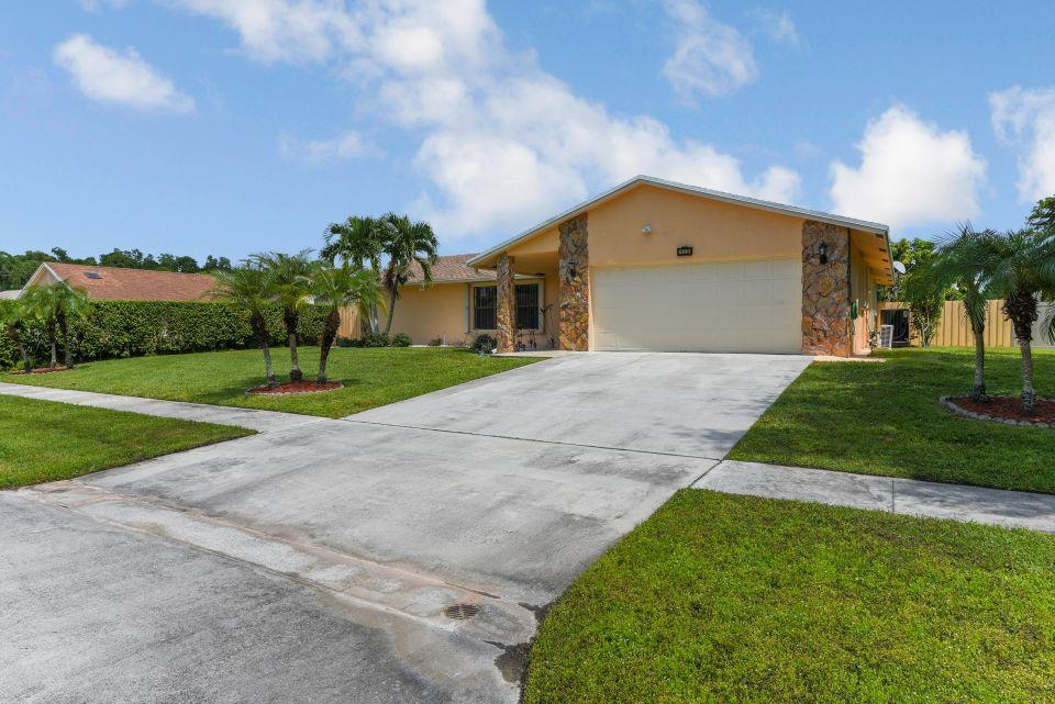 113 Santa Cruz Avenue Royal Palm Beach, FL 33411 photo 25