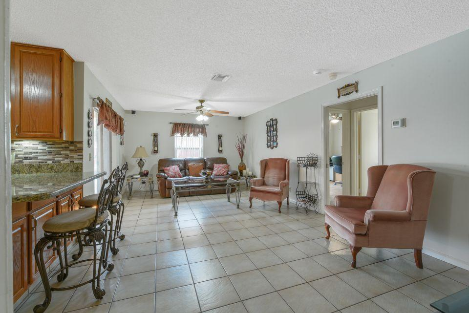 113 Santa Cruz Avenue Royal Palm Beach, FL 33411 photo 11