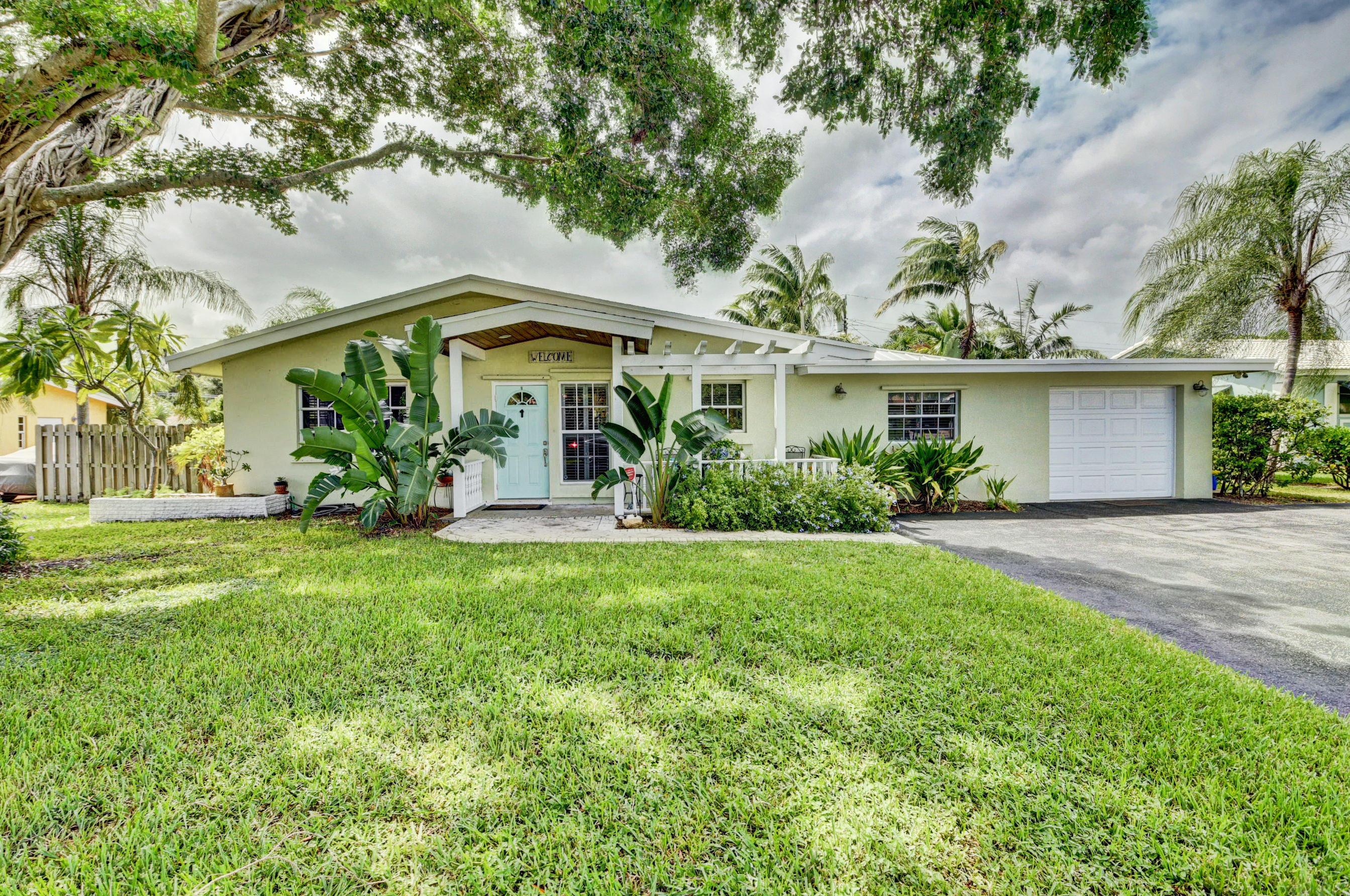 3307 Fernwood Drive  Boynton Beach FL 33435
