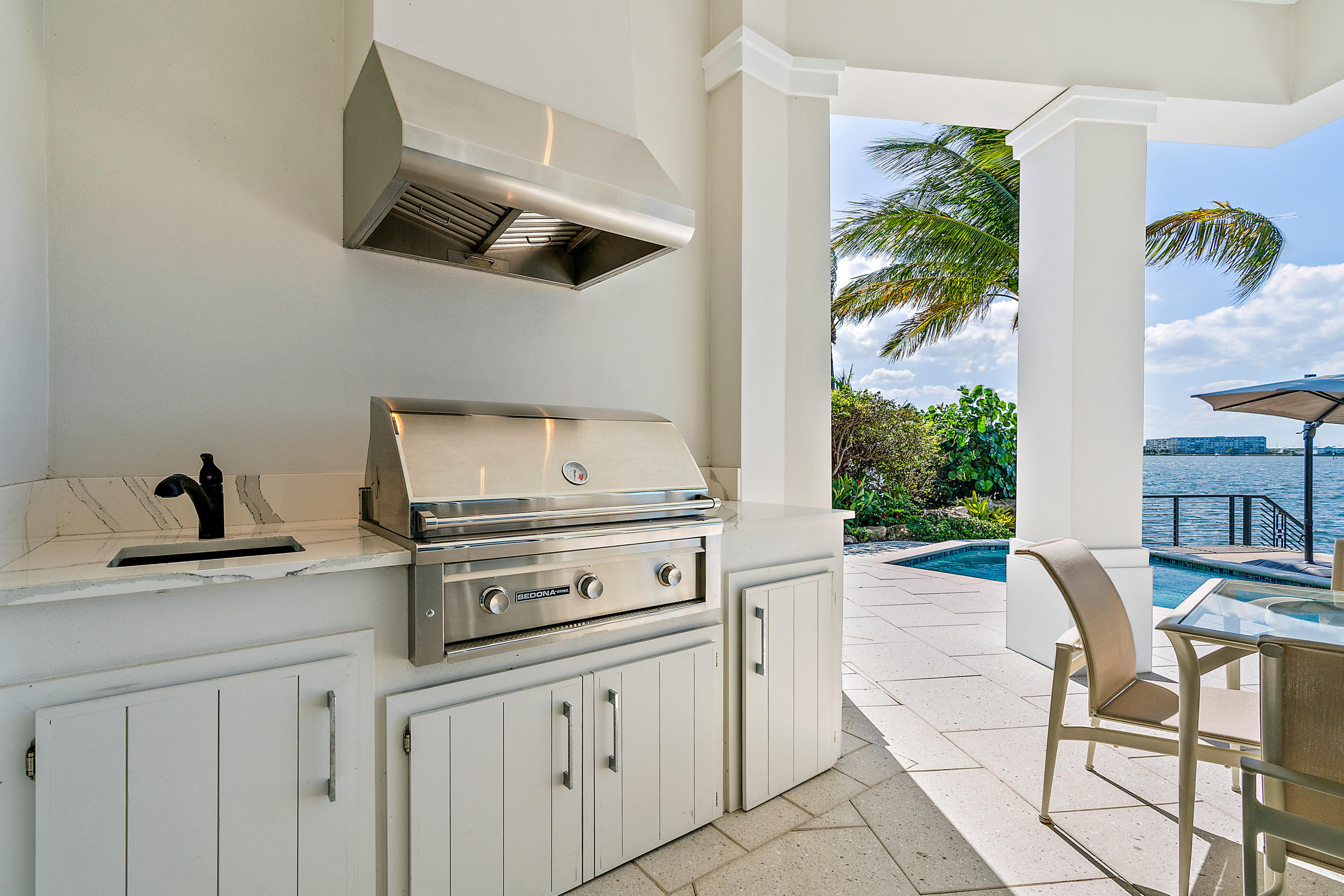 PINE POINT SINGER ISLAND REAL ESTATE