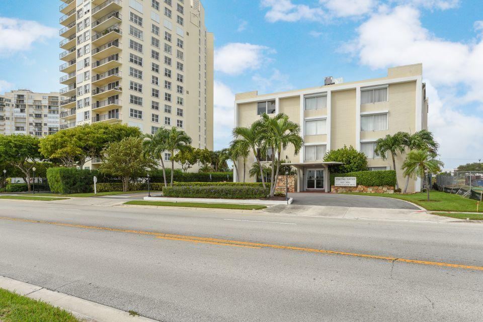 1601 S Flagler Drive 201o West Palm Beach, FL 33401 small photo 4