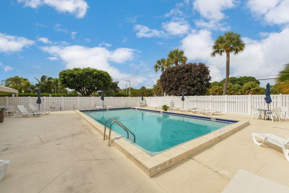 1601 S Flagler Drive 201o West Palm Beach, FL 33401 small photo 12