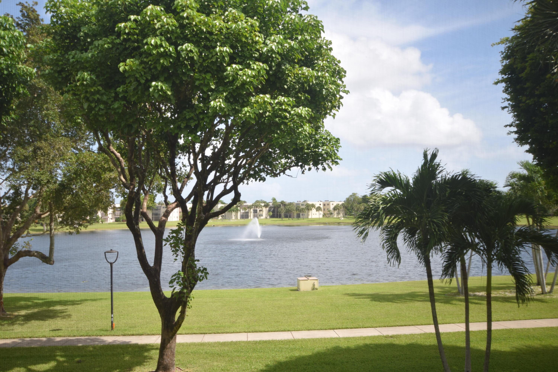 5280 Las Verdes Circle 212 Delray Beach, FL 33484