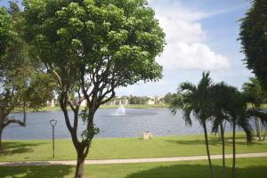 Coconut Palm Condo 5280 Las-verdes Circle