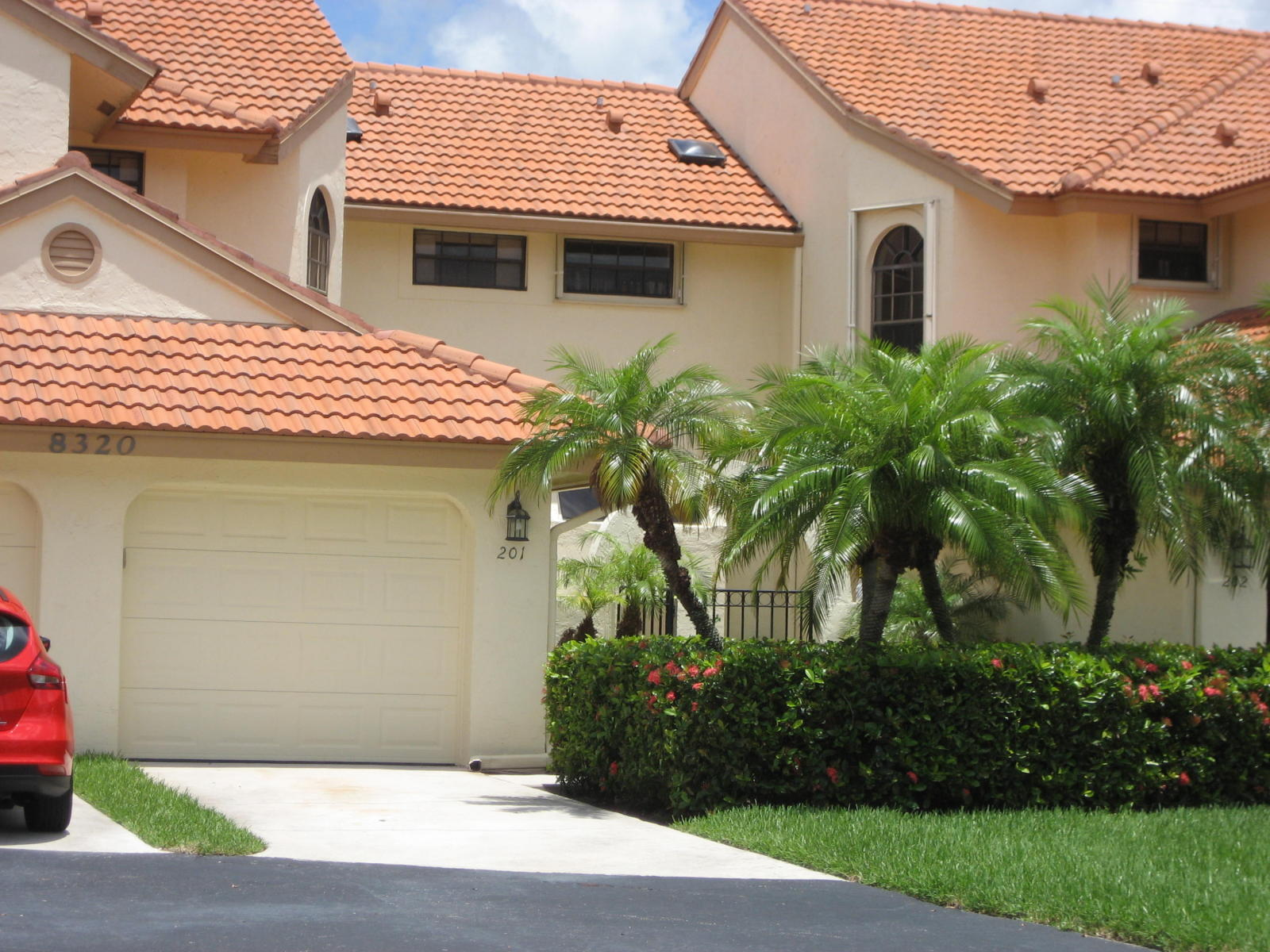 Photo of home for sale at 8320 Waterline Drive, Boynton Beach FL