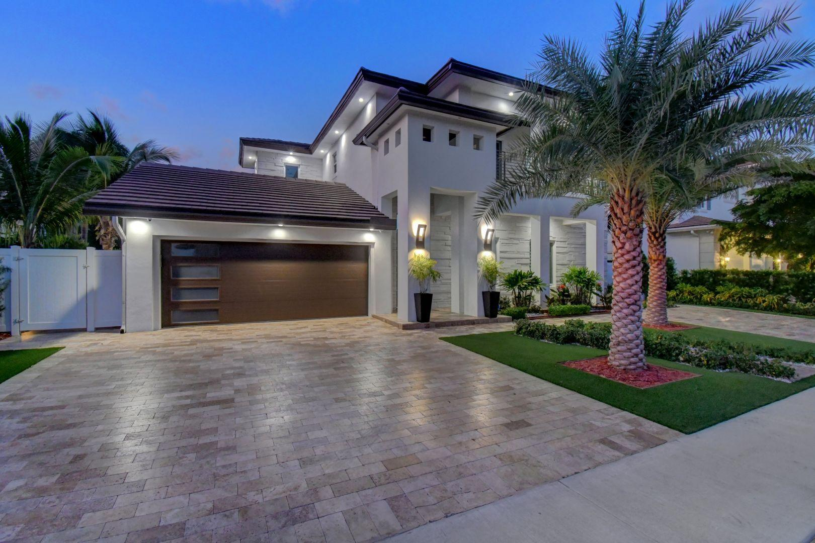 255 NE 3rd Court  Boca Raton, FL 33432