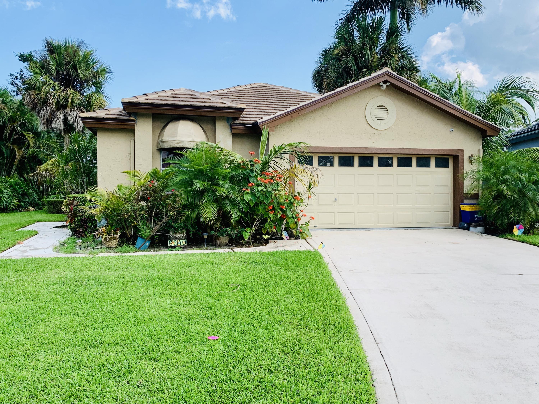 6340 Breckenridge Circle Lake Worth, FL 33462