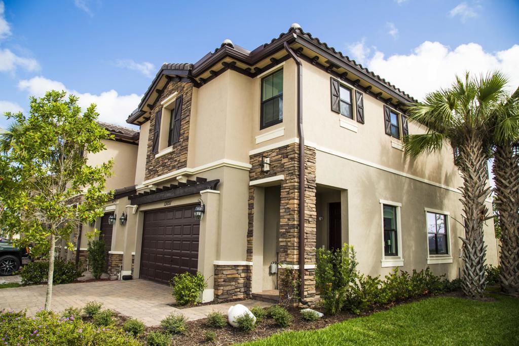 12766 Anthorne Lane Boynton Beach, FL 33436