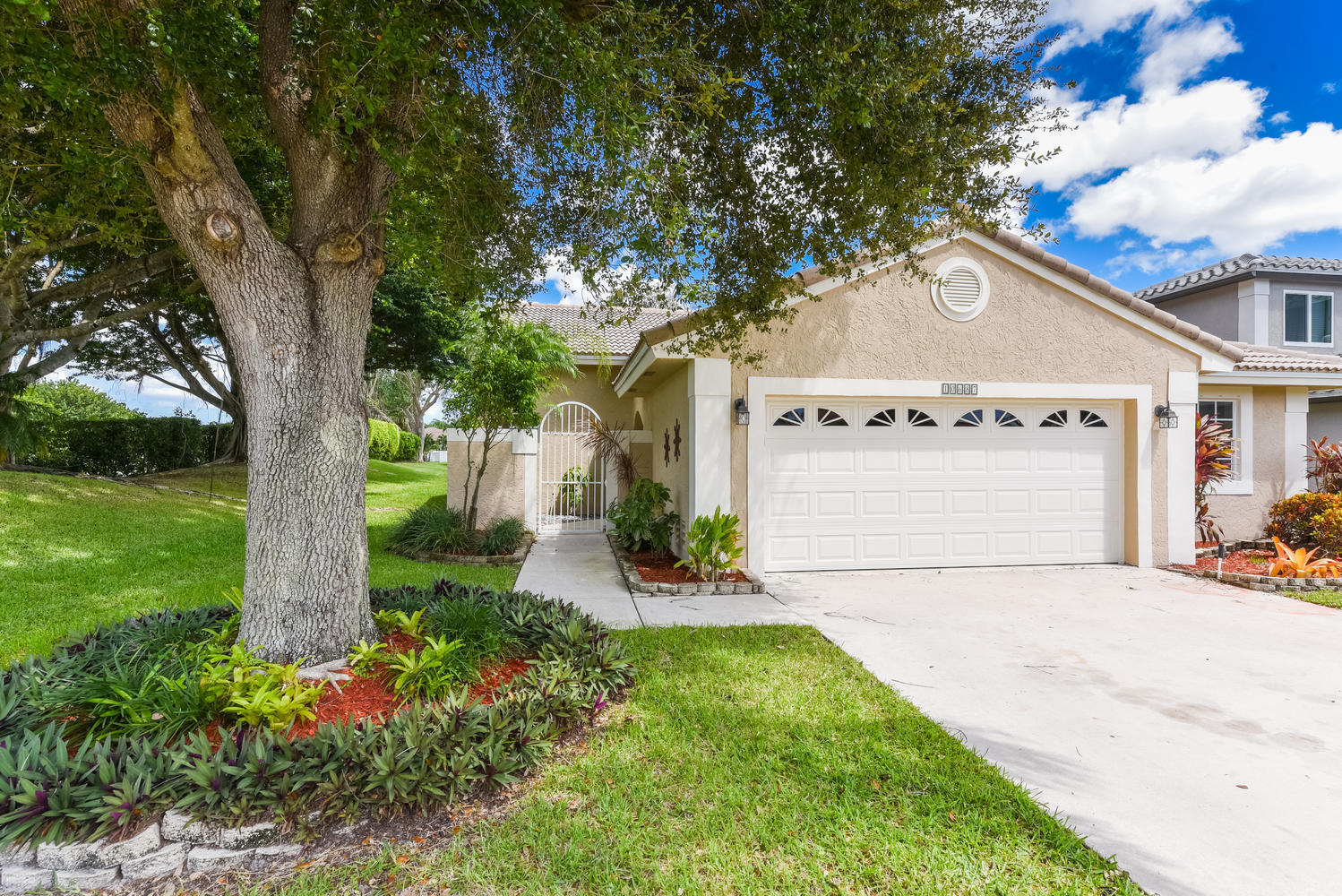 Home for sale in The Lakes At Boca Raton/lacrosse Boca Raton Florida