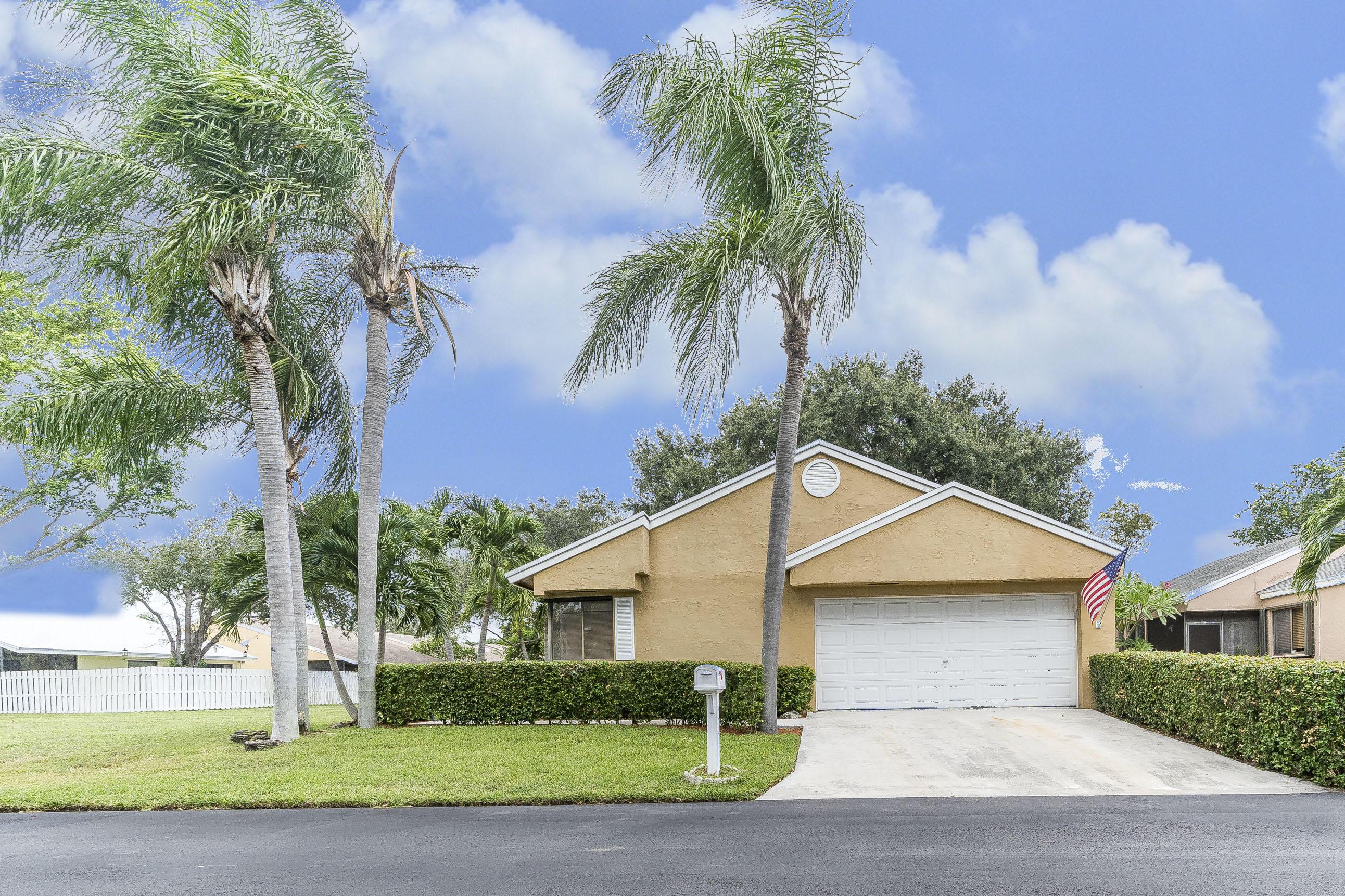 1 W Chesterfield Drive Boynton Beach, FL 33426