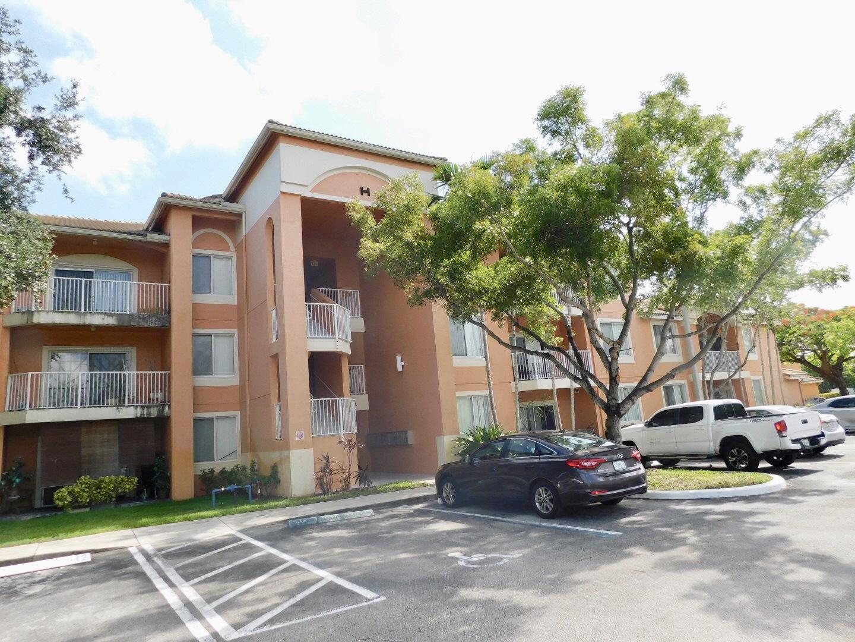 Home for sale in COURTYARDS AT DAVIE CONDO Davie Florida