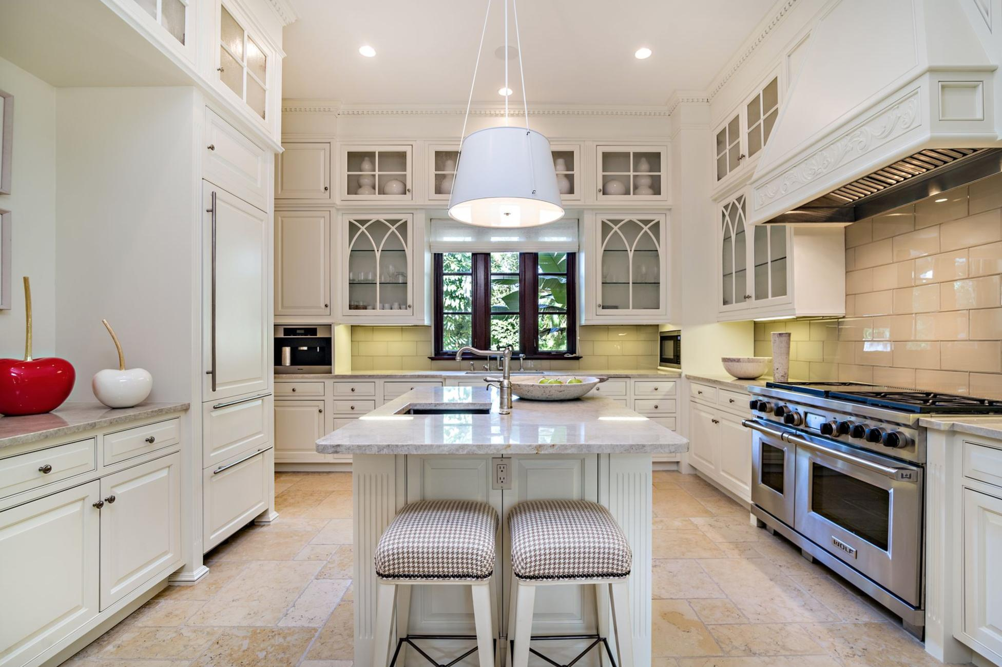 137  Woodbridge Road , Palm Beach FL 33480 is listed for sale as MLS Listing RX-10565997 photo #9