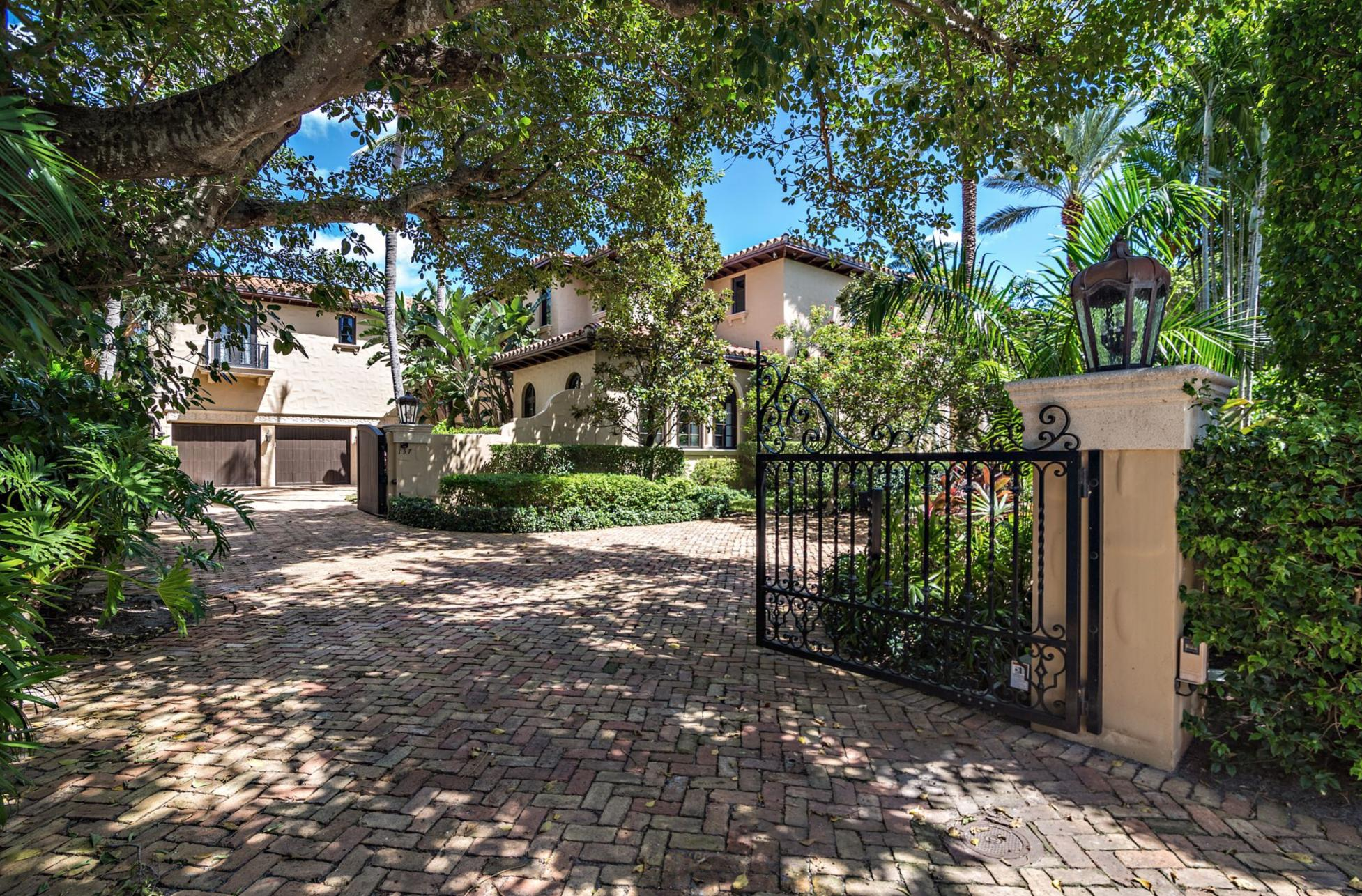 137  Woodbridge Road , Palm Beach FL 33480 is listed for sale as MLS Listing RX-10565997 photo #19