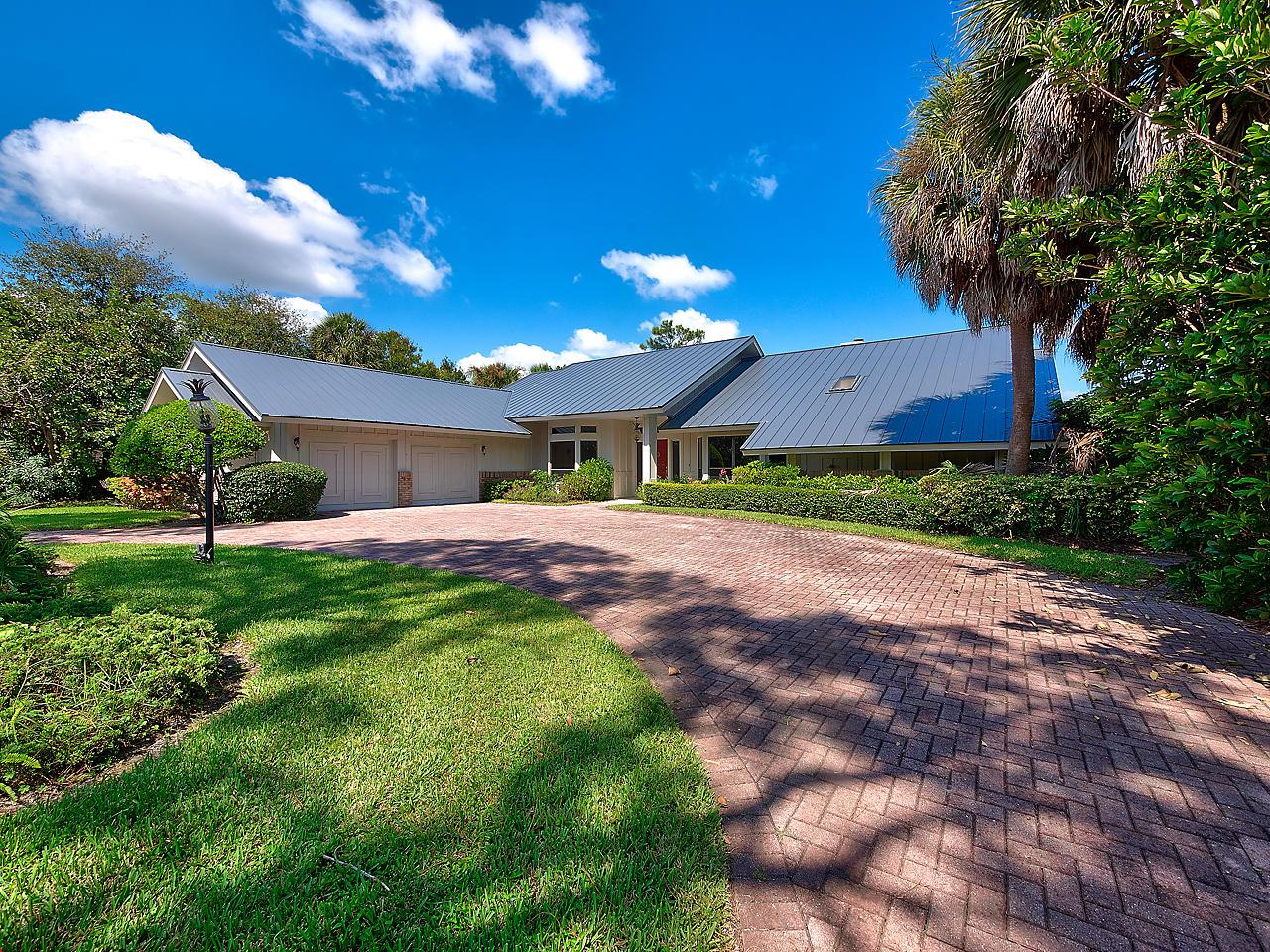 5905 Congressional Place, Stuart, Florida 34997, 3 Bedrooms Bedrooms, ,4 BathroomsBathrooms,A,Single family,Congressional,RX-10565260