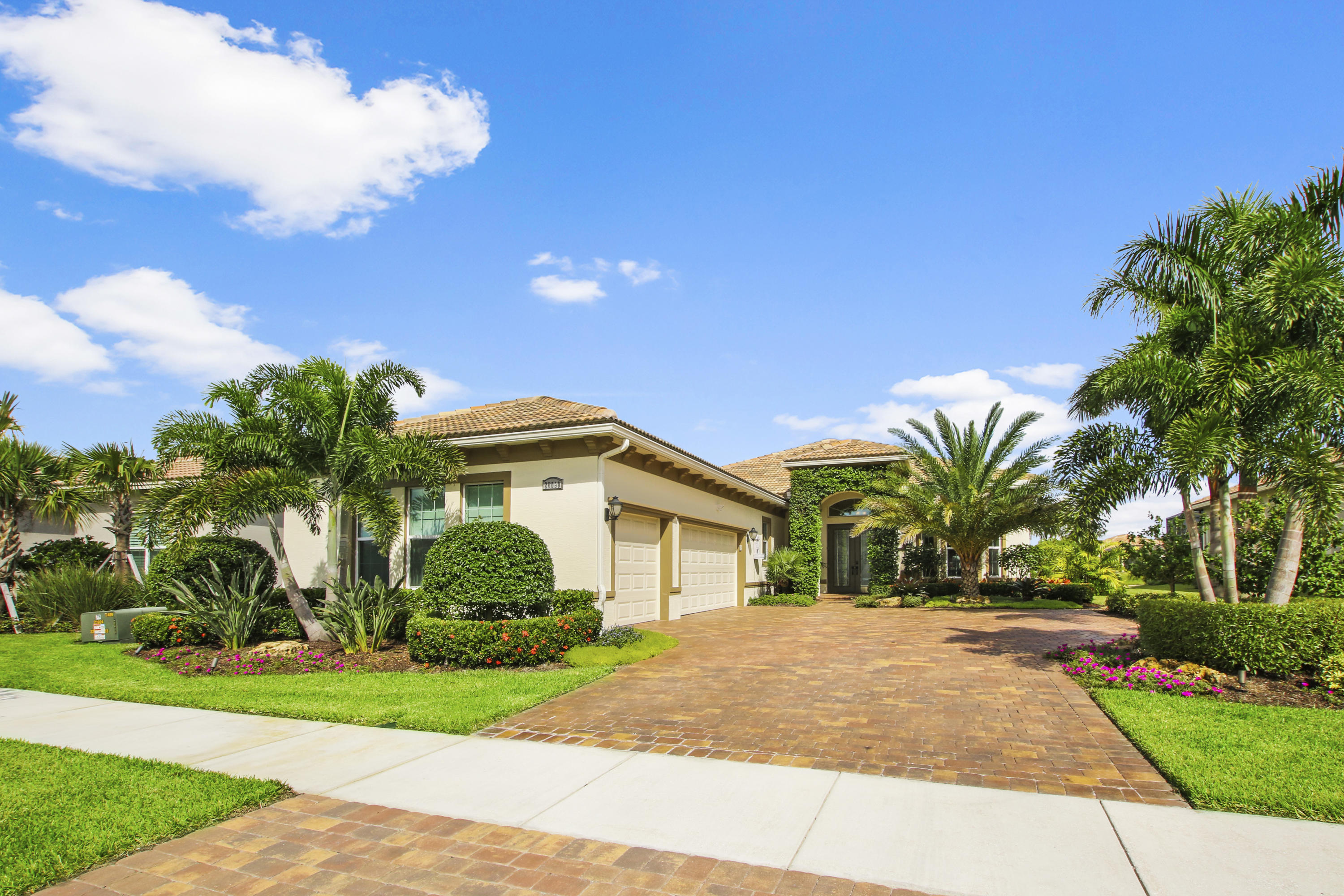 20090 SW Matera Way Port Saint Lucie, FL 34986