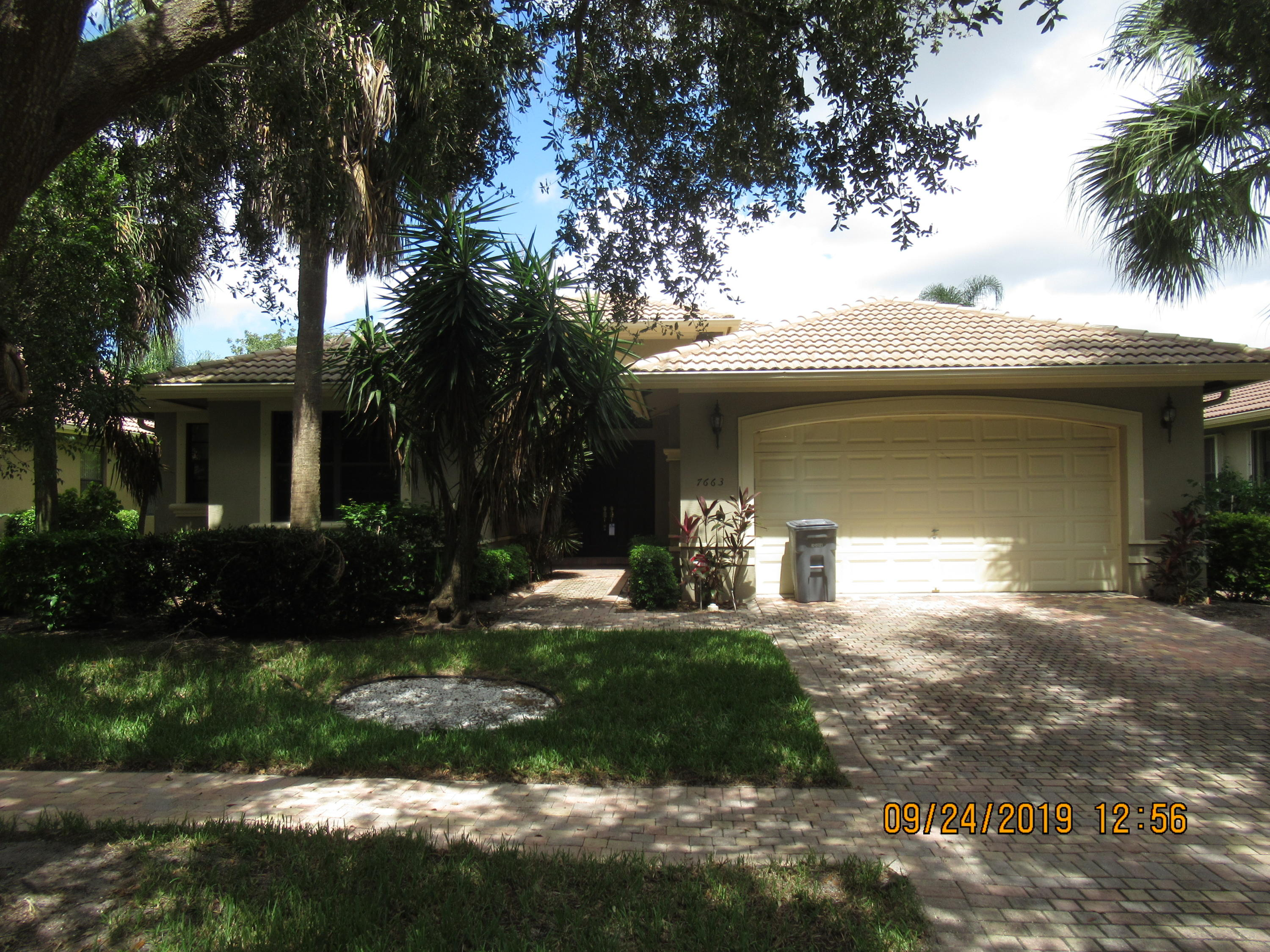 7663 Via Grande  Boynton Beach, FL 33437
