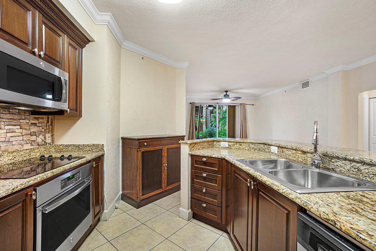 Home for sale in Vizcaya Lakes Boynton Beach Florida