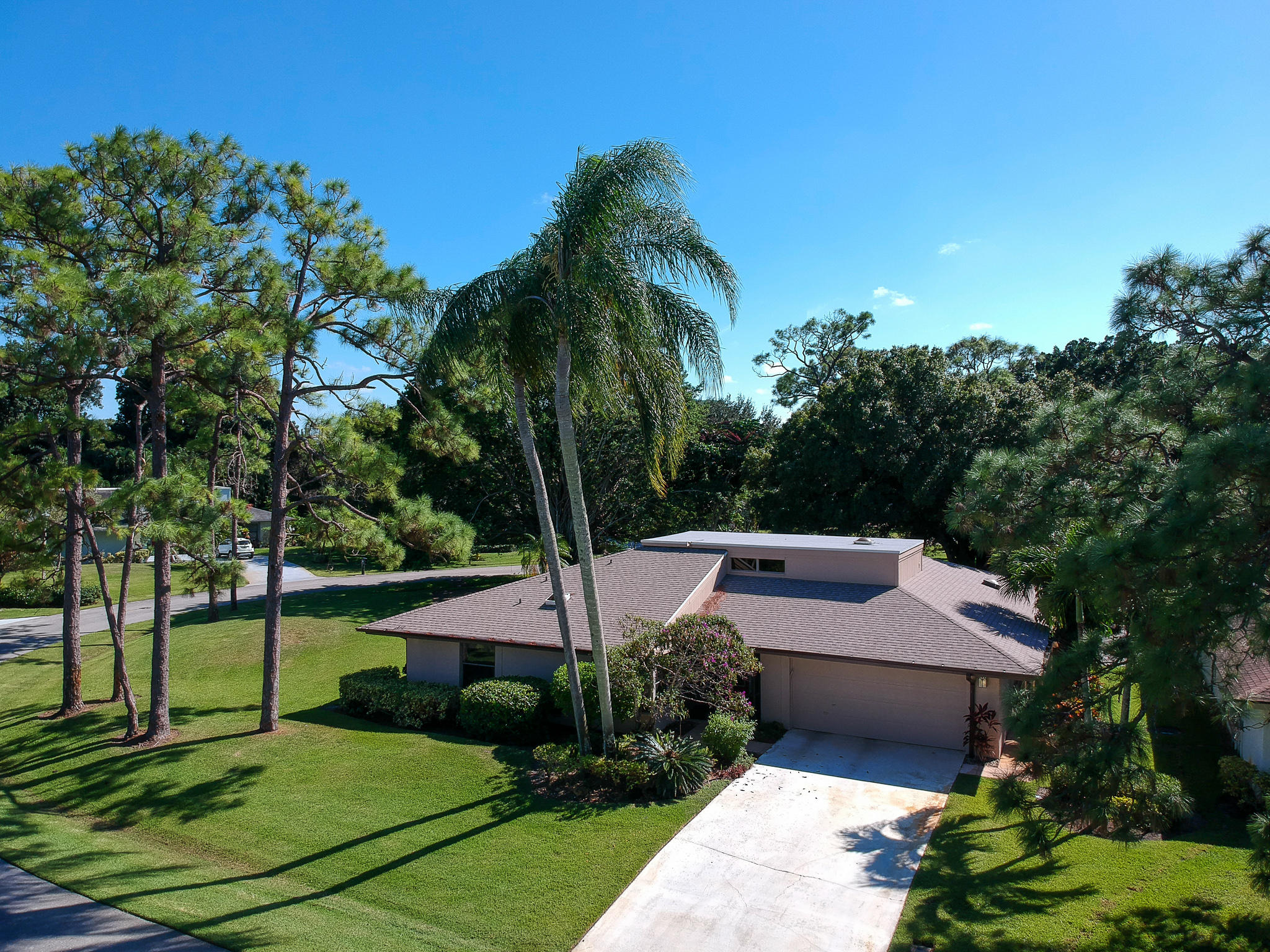Photo of 6460 Eastpointe Pines Street, Palm Beach Gardens, FL 33418