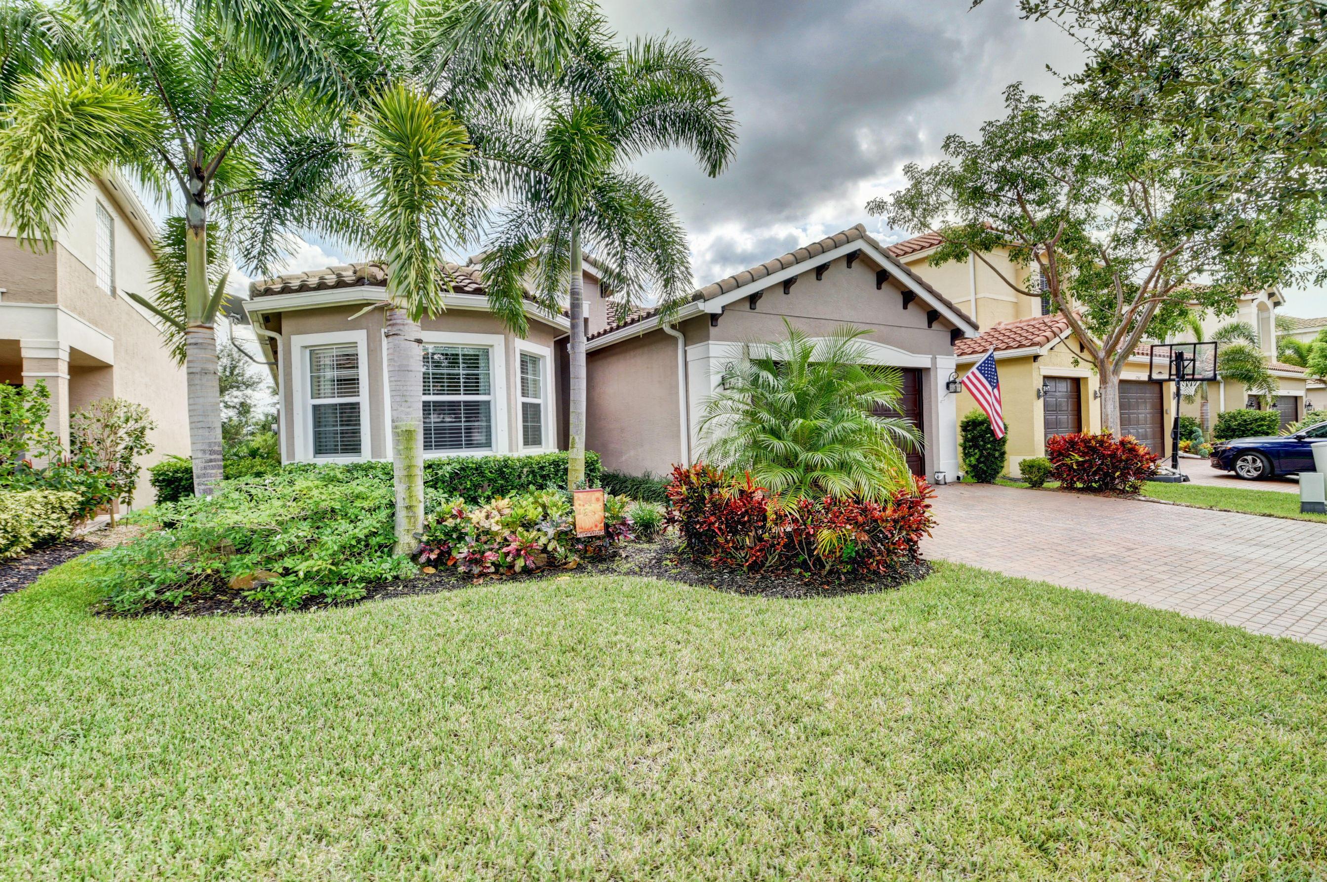 11509 Mantova Bay Circle - Boynton Beach, Florida
