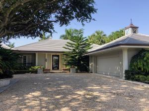 240 W Indies Drive  For Sale 10565601, FL