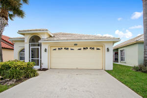 Property for sale at 2602 Country Golf Drive, Wellington,  Florida 33414