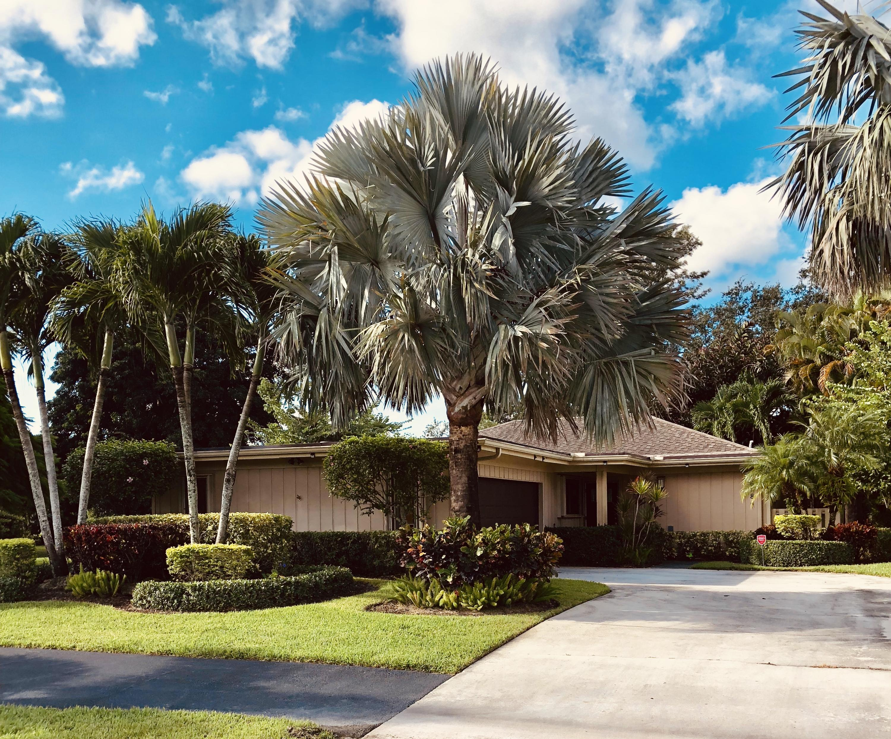 Photo of 6684 Eastpointe Pines Street, Palm Beach Gardens, FL 33418