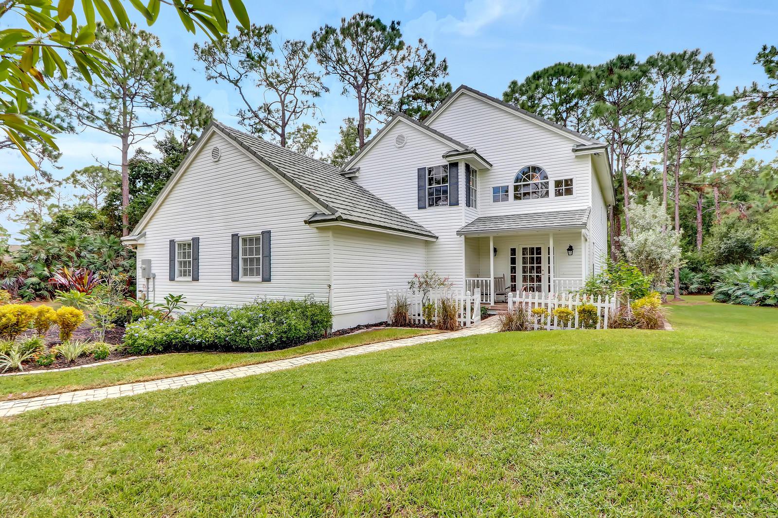 13884 71st Place The Acreage, FL 33470