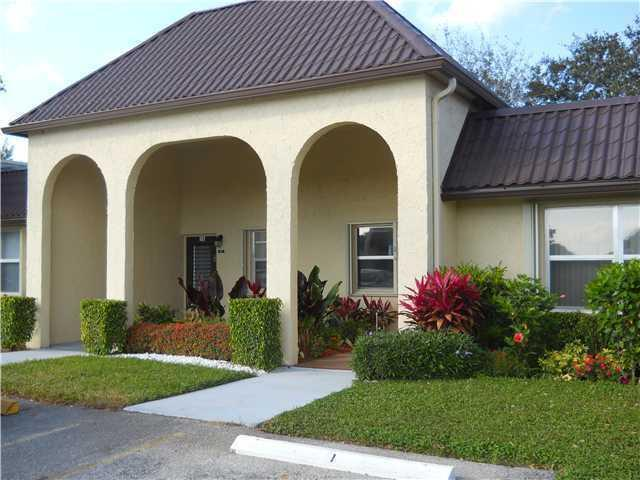 Home for sale in GOLDEN LAKES VILLAGE CONDO S West Palm Beach Florida
