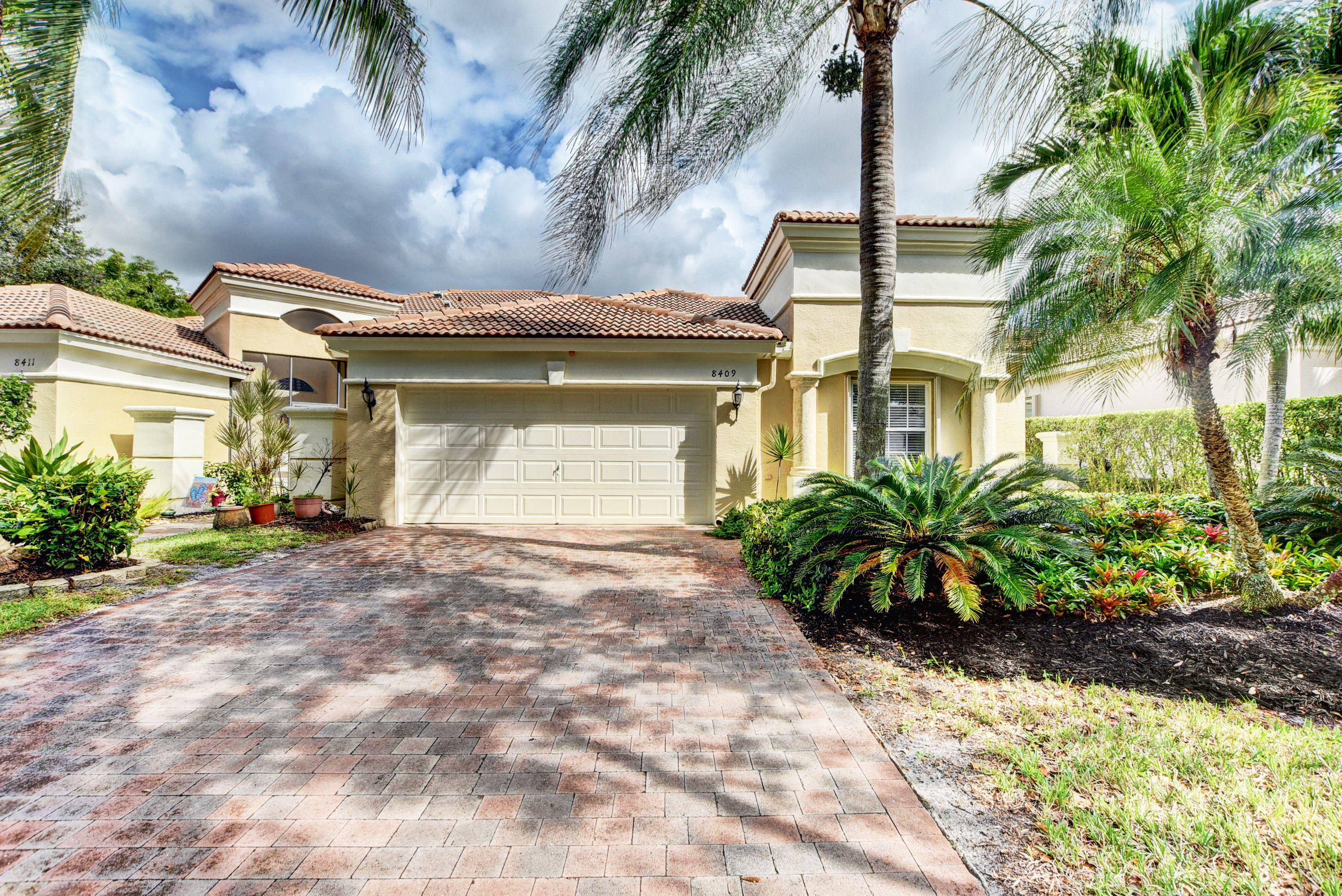 8409 Staniel Cay West Palm Beach, FL 33411