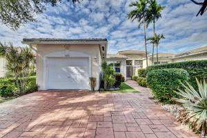 9595  Crescent View Drive  For Sale 10567042, FL