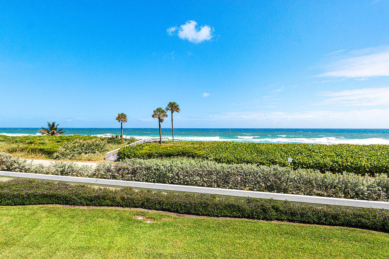 Home for sale in Turtle Beach - Townhouse Ocean Ridge Florida