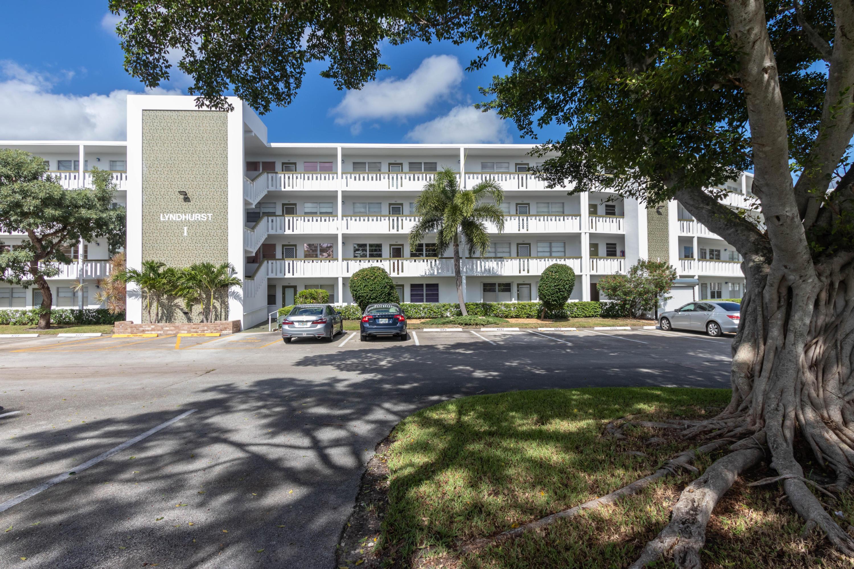 Home for sale in LYNDHURST I CONDO Deerfield Beach Florida