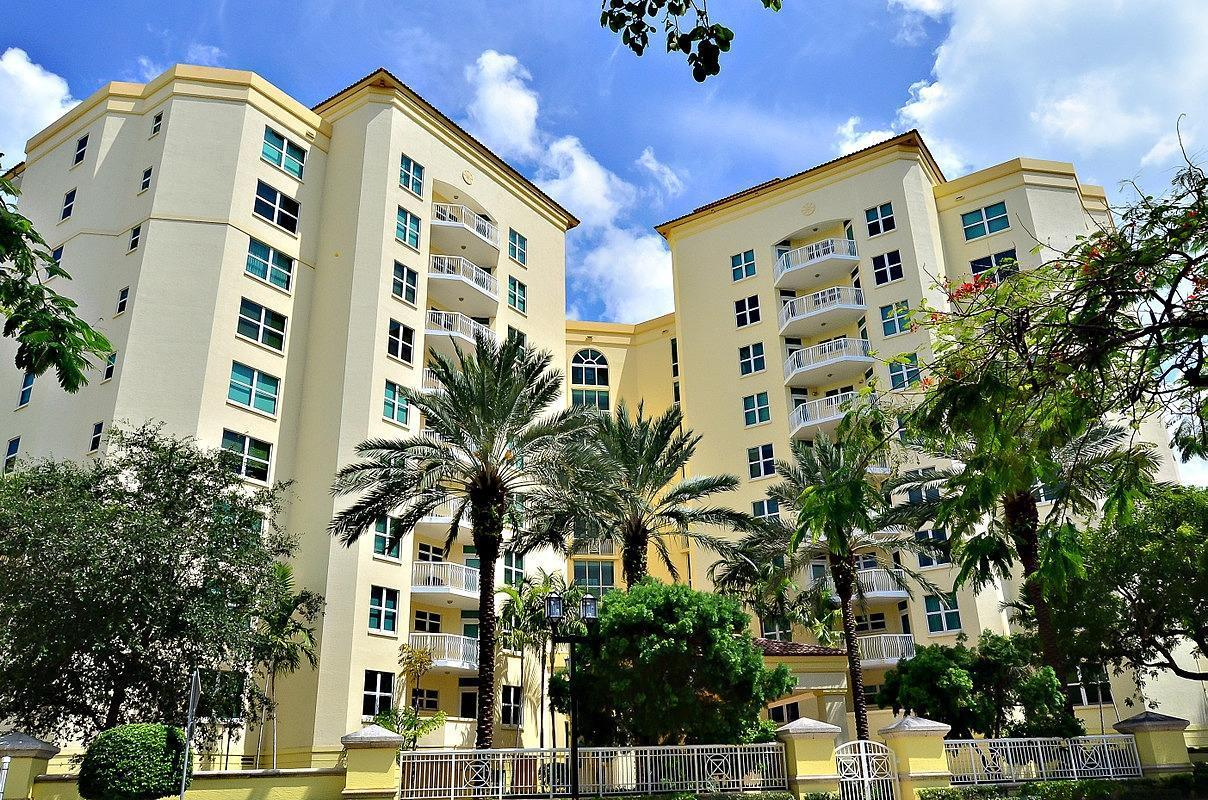 Photo of home for sale at 550 Mizner Boulevard SE, Boca Raton FL
