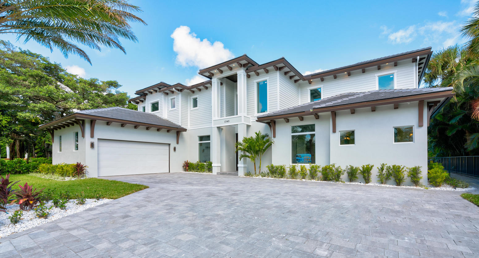 Photo of home for sale at 1345 Oyster Bay, North Palm Beach FL