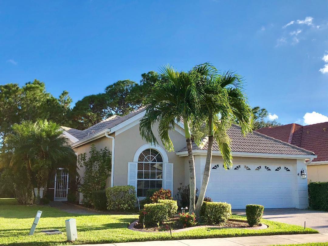 Photo of home for sale at 712 San Salvador Cove SW, Port Saint Lucie FL