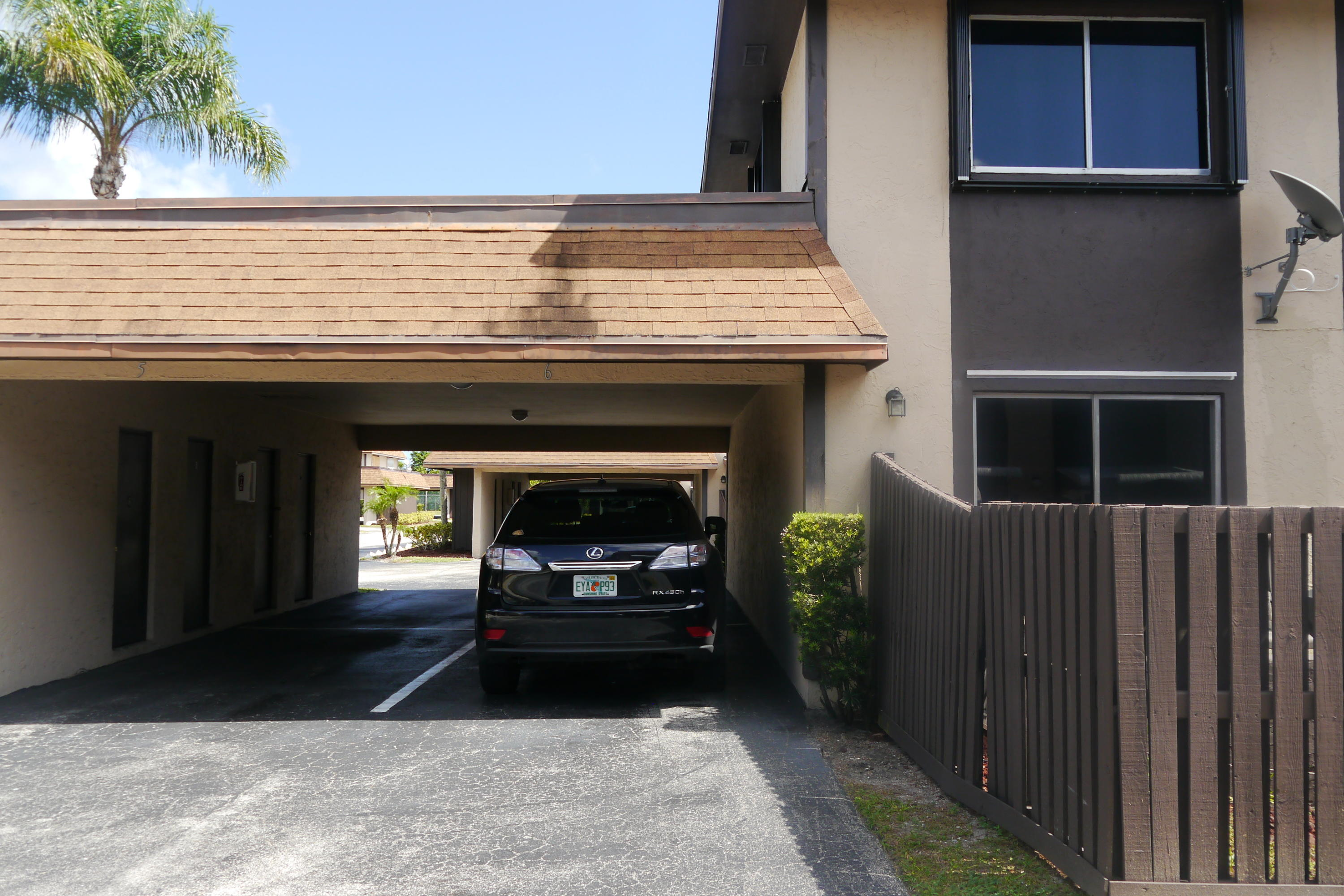 Photo of home for sale at 2144 Sherwood Forest Boulevard, West Palm Beach FL